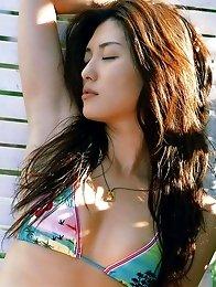 Haruna Yabuki sexy Asian babe with a lovely body