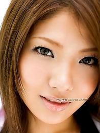 Model Aya Matsuki enjoys her elegant round shapes