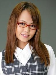 Japanese babe Saki shows her vagina