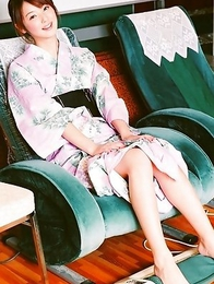 Nozomi Sasaki is so sensual while spoiling her titties
