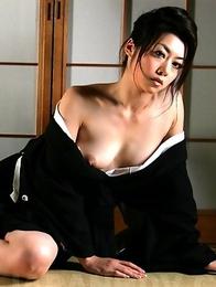 Sayuri Shiraishi poses and tempts.