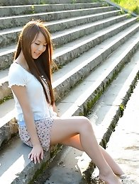 Beautiful and horny Japanese av idol Jessica Kizaki lays down to show her sexy body