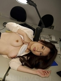Sexy Yui Hatano shows round boobs and hot ass