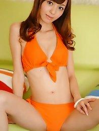 Skinny and sexy Japanese av idol Aino Kishi shows her amazing naked body